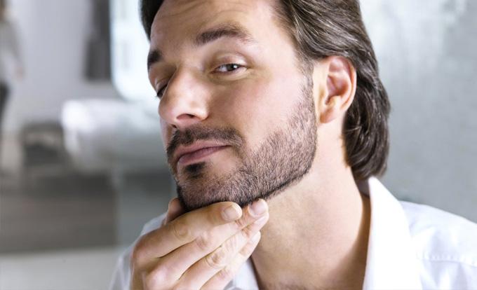 barbe naissante d couvrez les conseils pour l 39 entretenir. Black Bedroom Furniture Sets. Home Design Ideas